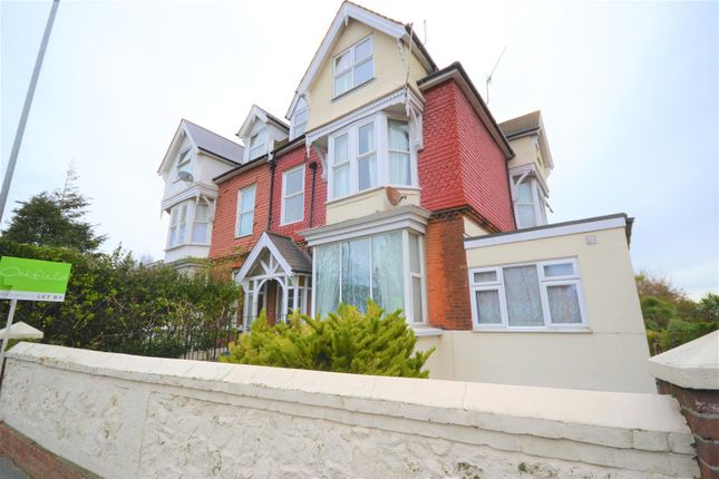 Thumbnail Flat to rent in Upper Avenue, Eastbourne