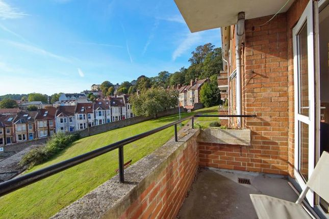 Thumbnail Flat to rent in Clifton Vale Close, Hotwells, Bristol