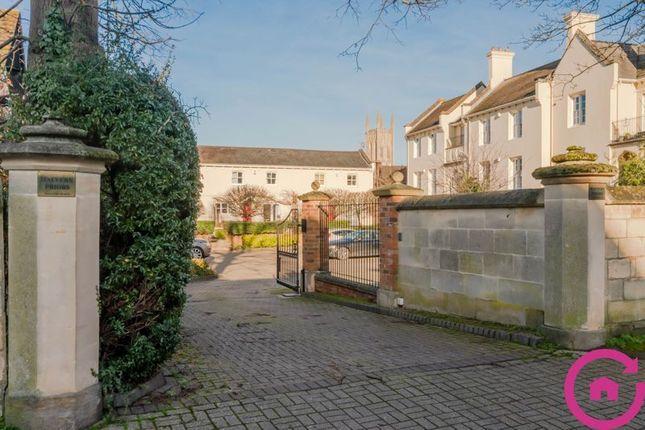 Thumbnail Flat for sale in Malvern Place, Cheltenham