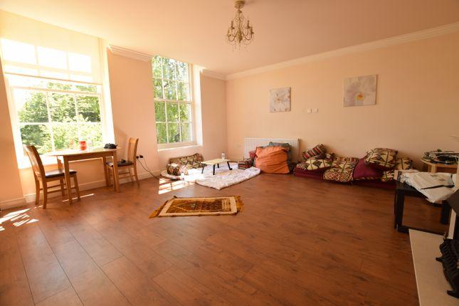 Thumbnail Flat to rent in Belmont Street, Huddersfield
