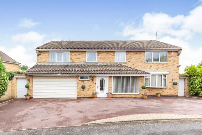 Thumbnail Detached house for sale in Westernhay Road, Leicester