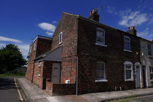 Thumbnail Flat to rent in Carleton Street, York