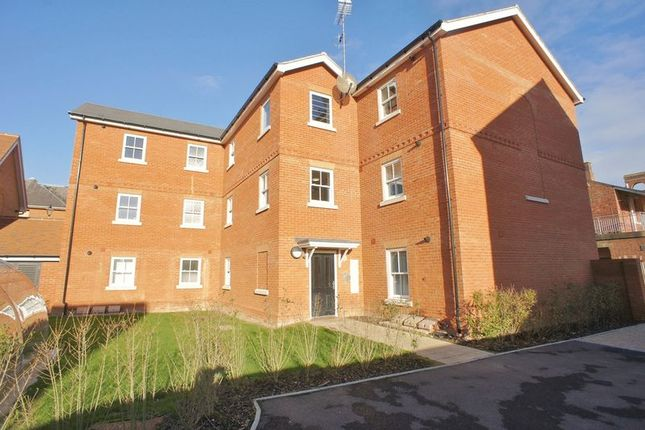 Thumbnail Flat for sale in Lancer Street, Colchester