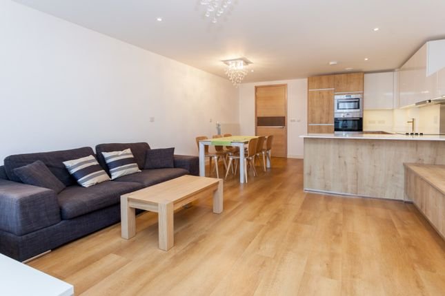 Thumbnail Flat to rent in Seafarer Way, London