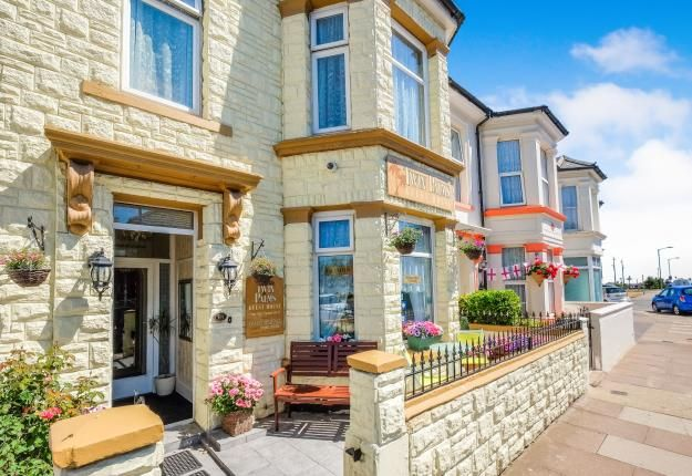 Thumbnail Terraced house for sale in Great Yarmouth, Norfolk