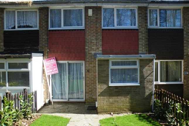 Thumbnail Terraced house to rent in Guildford Gardens, Strood