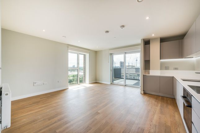 Thumbnail Flat to rent in Hale Wharf, London
