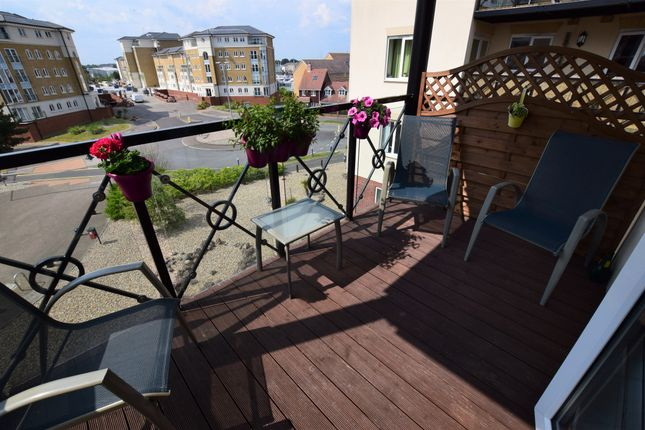 Flat for sale in Macquarie Quay, Sovereign Harbour North Eastbourne