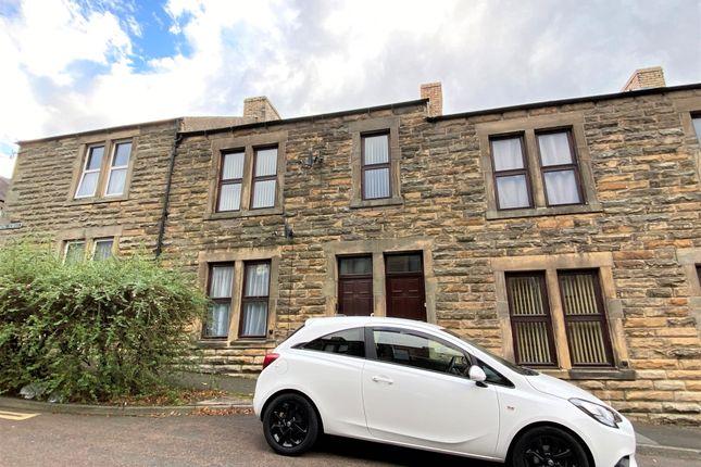 2 bed flat for sale in King Street, Alnwick NE66