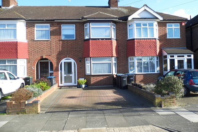 Thumbnail Terraced house for sale in Lynmouth Avenue, Bush Hill Park