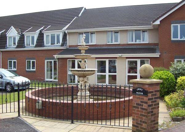 Thumbnail Flat to rent in Croft Manor, Freckleton, Preston