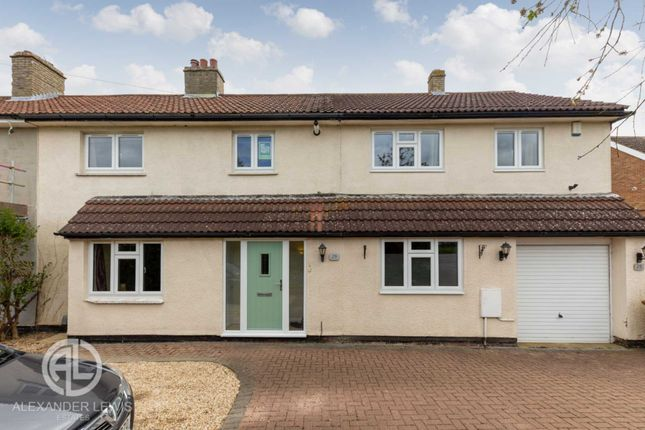 Thumbnail Semi-detached house for sale in Wilbury Hills Road, Letchworth Garden City