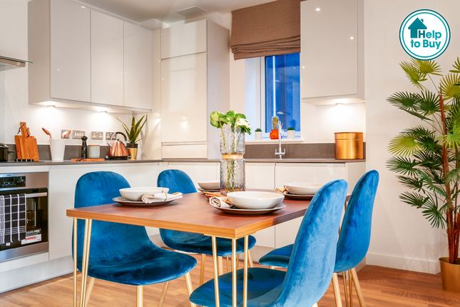 Thumbnail Flat for sale in Park View, Acton, London