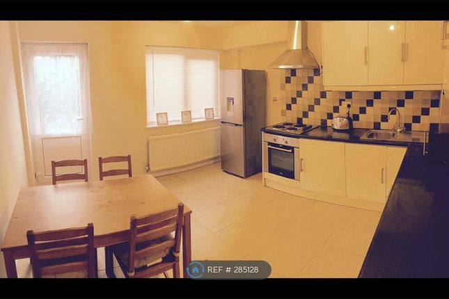 Thumbnail Terraced house to rent in Ripon Road, Woolwich