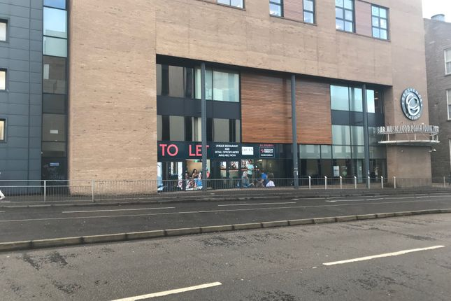 Leisure/hospitality to let in West Marketgait, Dundee