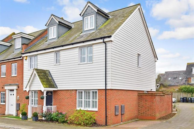 Thumbnail Link-detached house for sale in Hazen Road, Kings Hill, West Malling, Kent