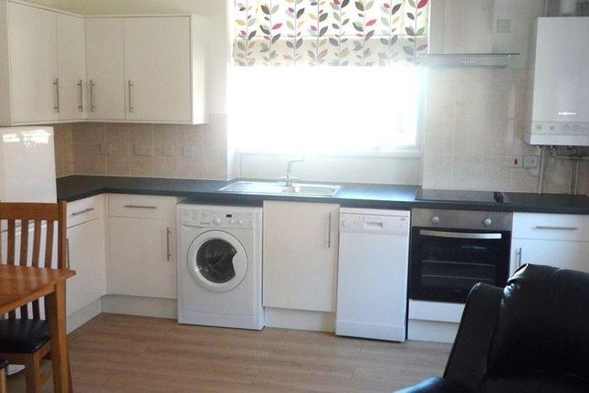 Flat to rent in Ferrars Road, Huntingdon