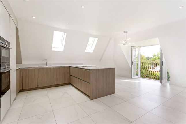 Thumbnail Flat for sale in Friary Court, St. Bernards Road, Solihull
