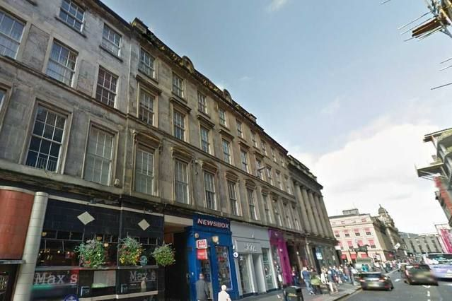 Thumbnail Flat to rent in Queen Street, Glasgow