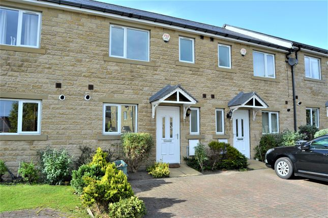 3 bed town house for sale in Coniston Mews, Moldgreen, Huddersfield
