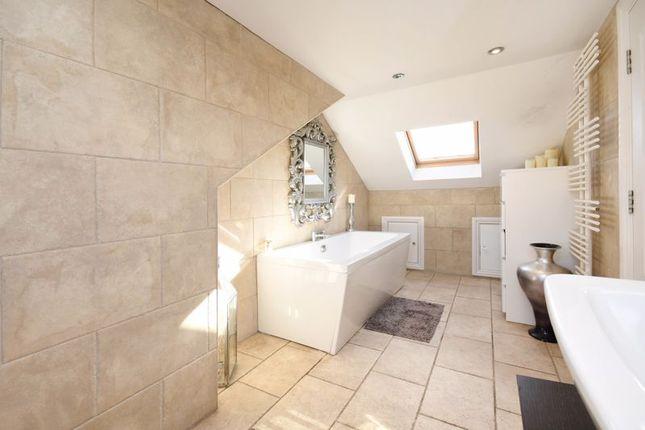 Master En-Suite of Cross House Road, Grenoside, Sheffield S35
