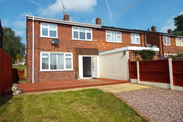 3 bed property to rent in Matlock Drive, Cannock WS11