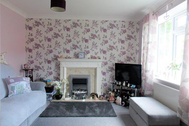 Lounge of Nelson Way, Grimsby DN34