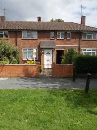Thumbnail Terraced house for sale in Wakehurst Path, Woking