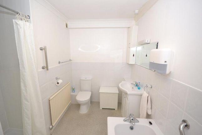 Bathroom of Little Knowle Court, 32 Little Knowle, Budleigh Salterton, Devon EX9