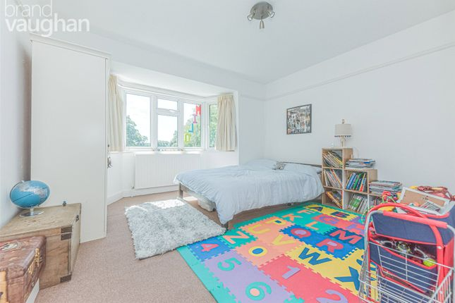 Picture No. 46 of Hove Park Road, Hove, East Sussex BN3