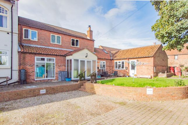 4 bed semi-detached house for sale in King Street, Cawood, Selby YO8