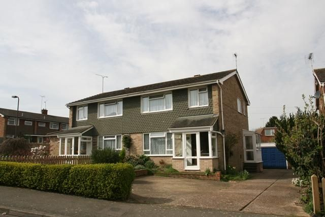 3 bed semi-detached house to rent in The Dobells, Brickenden Road, Cranbrook, Kent TN17