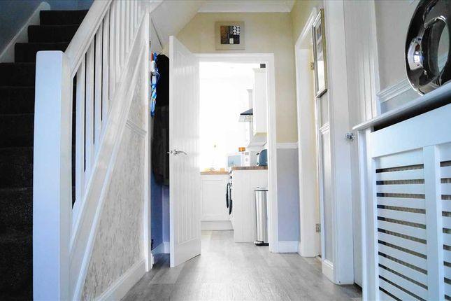 Hallway of Arundel Crescent, Solihull B92