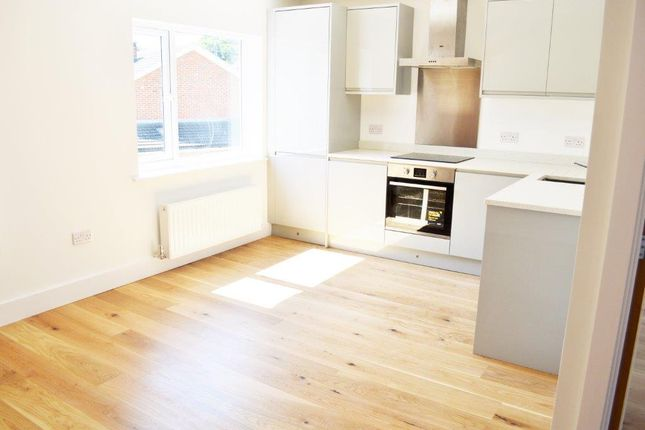 Thumbnail Flat for sale in Cavell Road, Billericay