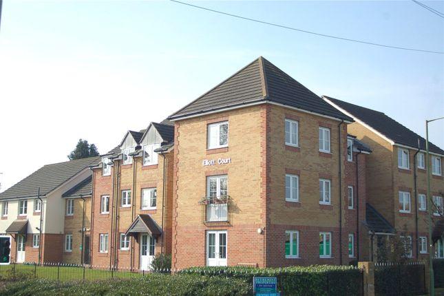 Flat for sale in Elliott Court, Legion Way, Bishop's Stortford, Hertfordshire