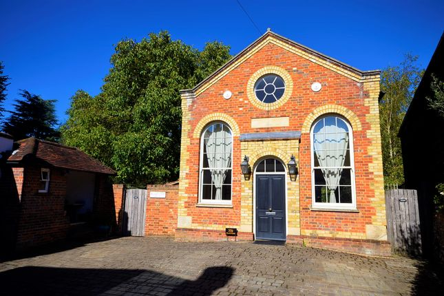 Thumbnail Detached house to rent in Church Street, Great Missenden, Buckinghamshire