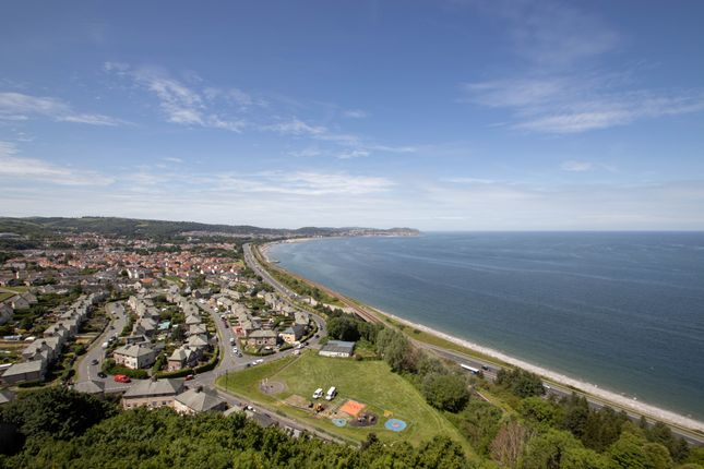 3 bed flat for sale in The View, Penmaen Bod Elias, Old Colwyn LL29