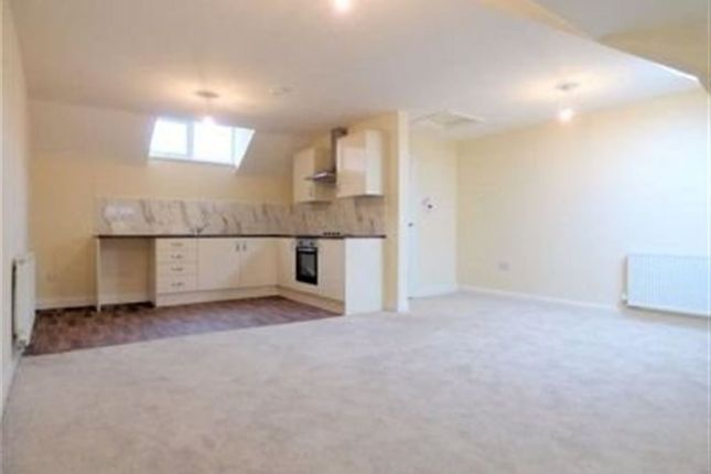 Thumbnail Flat to rent in Springfield Road, Blackpool, Lancashire