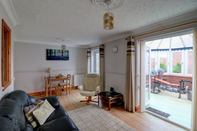 Living Room of Taleworth Close, Norwich NR5