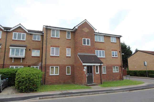 Thumbnail Flat to rent in Express Drive, Goodmayse Ilford