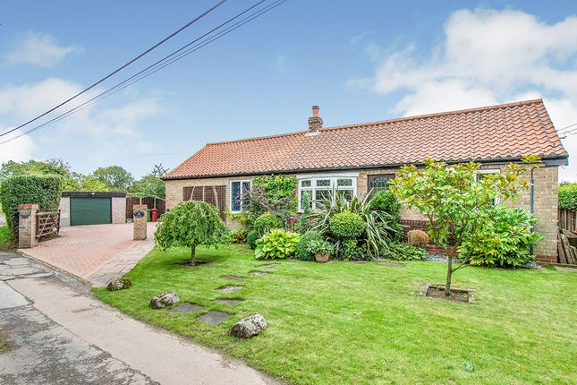 Thumbnail Bungalow for sale in Woodhouse Lane, Belton, Doncaster, Lincolnshire