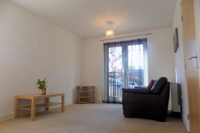Thumbnail Flat to rent in Oxclose Park Gardens, Sheffield