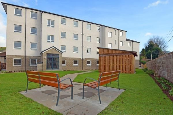 2 bed flat to rent in 33E Froghall Road, Aberdeen