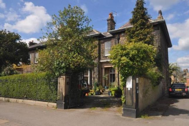 Thumbnail Flat to rent in York Place, Harrogate, North Yorkshire