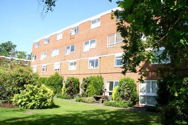 Thumbnail Flat to rent in Hersham Road, Walton-On-Thames
