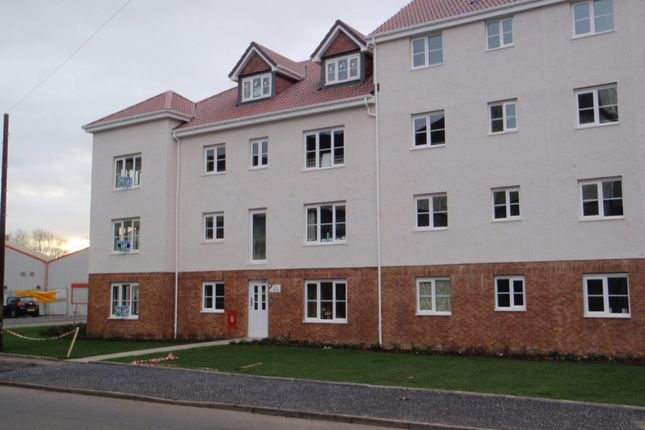 Thumbnail Flat to rent in Stirrat Crescent, Paisley