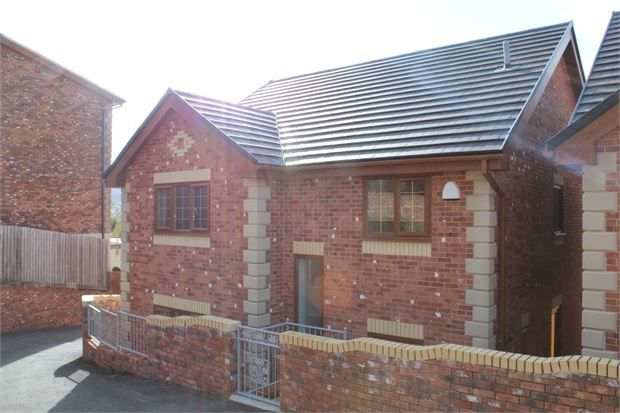 Thumbnail Detached house for sale in Tynybedw Terrace, Treorchy, Treorchy, Rct.