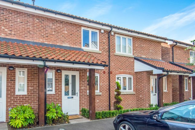2 bed terraced house for sale in Waterside Drive, Ditchingham, Bungay