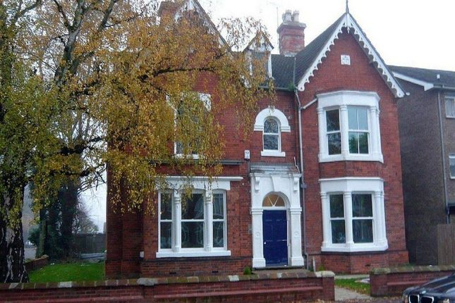 Thumbnail Flat to rent in Park Road, Peterborough