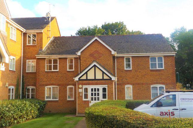 Thumbnail Flat to rent in Mullards Close, Mitcham